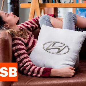 Подушка с логотипом Hyundai (Хендай)