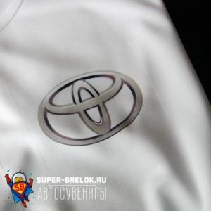 Футболка с логотипом Тойота